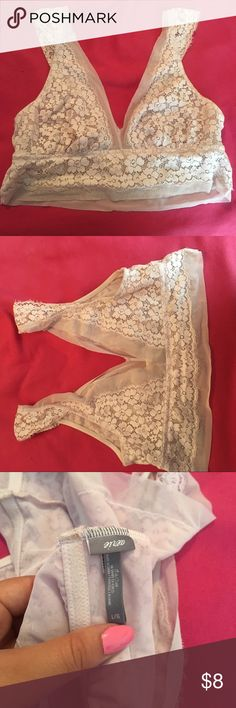 Aerie pale pink bralette Aerie pale pink flower/lace bralette. worn once, great condition. looks super cute layered under a tank, and super comfy to wear under tshirts. aerie Intimates & Sleepwear Bras