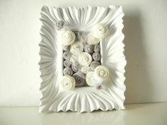 cuadro con flores de tela y lana