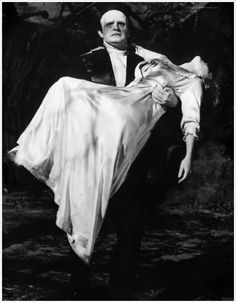 Peter Boyle and Madeline Kahn in Young Frankenstein (1974)