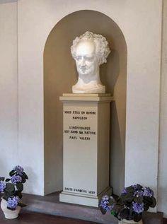 Memorial Goethe in Sesenheim met tekst van Napoleon