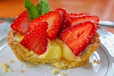 Strawberry Tart (cross-section) by PipsqueakPion33r on Flickr.