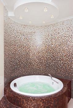 потолочная конструкция в ванной