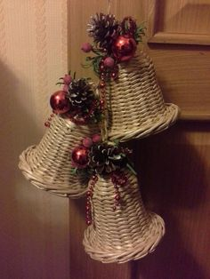 Плетение из газет Paper Weaving, Decorative Bells, Origami, Arts And Crafts, Christmas Decorations, Gifts, Home Decor, Tinkerbell, Wicker