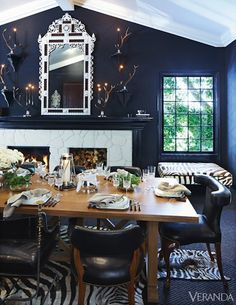 High Style and Comfort: This designer calls everyone to the kitchen by cheerily ringing sleigh bells.