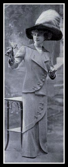 1912, love te similarity of this to my suffragette walking suit.