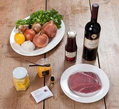"""""""Orientalische Rinderfleischstreifen mit Zwiebeln und Zimtpudding mit Fruchtsauce"""" - Das war der Inhalt der TastyBox im Februar 2012!"""