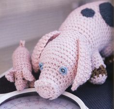 Pig and Piglet - Free Amigurumi Pattern (3pages) here: page1. http://www.canadianliving.com/crafts/crochet/crocheted_dolls_pig_and_piglet.php Page2. http://www.canadianliving.com/crafts/crochet/crocheted_dolls_pig_and_piglet_2.php Page3. http://www.canadianliving.com/crafts/crochet/crocheted_dolls_pig_and_piglet_3.php