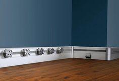 eubiq的移動式插座鐵道 可以裝在任何地方(廚房/書房/踢腳板),能搭配各種建材( 地板/系統櫃/人造石/玻璃),還可以搭配電話孔/網路孔/移動式電燈