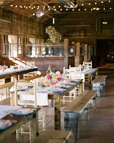 Before their French-inspired wedding at Asheville, North Carolina's, Biltmore Estate, one couple celebrated with a casual rehearsal dinner. Go inside their fun pre-wedding party here. Pre Wedding Party, Wedding Rehearsal, Rehearsal Dinner Decorations, Rustic Rehearsal Dinners, Wedding Reception Tables, Martha Stewart Weddings, Rustic Outdoor, Dinner Table, Dinner Ides