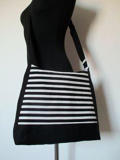 Kabelka- černá a bílá Zip, Fashion, Moda, Fashion Styles, Fashion Illustrations