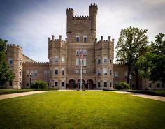 52 Reasons Students Love Eastern Illinois University