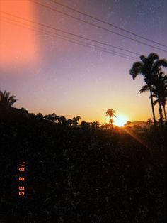 🌄 Celestial, Sunset, Outdoor, Sun, Outdoors, Sunsets, Outdoor Games, The Great Outdoors, The Sunset