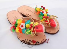 Handmade leather sandals decorated with ribbons, beads, crochet flower, watermelon and cherry. Decorated Shoes, Palm Beach Sandals, Crochet Flowers, Leather Sandals, Beads, Custo, Handmade Leather, Diy, Ribbons