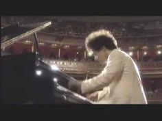 Evgeny Kissin playing Beethoven's Turkish March. Love love love this piece!