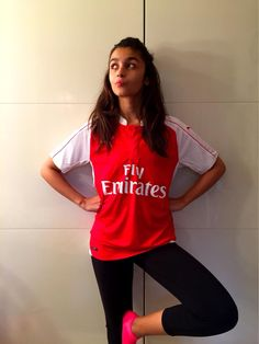 Thank you @atulkasbekar for this!!!! Guess this makes me a #Gooner officially. Or is it Goonerette?Come on Arsenal!!!