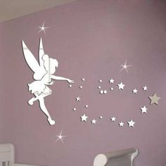 Get inspired to create an unique bedroom design with this beautiful mirrors for kids. Find some of this inspirations at circu.net