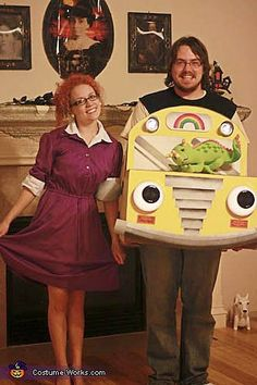 a REAL throwback Mrs. Frizzel and  the Magic School Bus costume