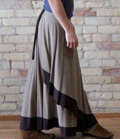 Reversible wrap skirt made from bamboo or soy & organic cotton. When you reverse it, you only see one color!