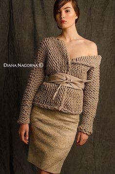 gilet tricoté à la main pull pastel couleur écru par DianaNagorna