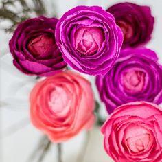 537 besten diy paper flowers bilder auf pinterest in 2018 fabric 26 paper flower artists to follow on instagram mightylinksfo