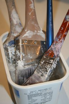 Clean Paint Brushes: Soak in hot vinegar for 30 minutes and good as new!