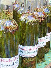 Cómo hacer aceites macerados u oleatos | Jabones