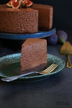 Brownie Double Chocolate Mousse Cake Bake to the roots Cake Recipes From Scratch, Easy Cake Recipes, Sweet Recipes, Dessert Recipes, Dessert Food, Cheesecake Recipes, Pie Recipes, Drink Recipes, Chocolate Mousse Cake