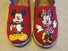 custom hand painted mickey and minnie disney toms