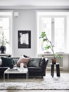 5-Leather-Sofas-Or-We-Found-What-Your-Living-Room-Was-Missing_3 5-Leather-Sofas-Or-We-Found-What-Your-Living-Room-Was-Missing_3