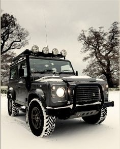 """Black & White. They stopped making this model years ago. It's called the Range Rover """"Defender"""" I was at a Range Rover dealer in Encino when Whoopi Goldberg was buying one for hubby. That lucky dog!"""
