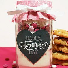 Valentine's Day Mason Jar Cookies  |  We can always depend on the versatile Mason jar for a sweet gift with Southern charm.