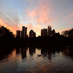 Sunset in Piedmont Park. #ExploreGeorgia [Photo by @anasantosphoto]