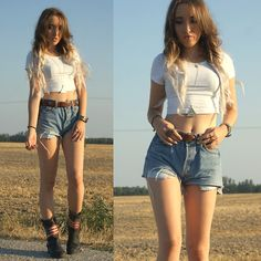 Brandy Melville Crop Top, Levi's Vintage Shorts, Moschino Belt, Urban Outfitters Necklace