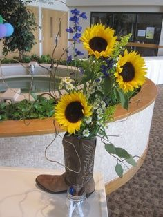 Rustic Country wedding inspiration with sunflowers and delphinium