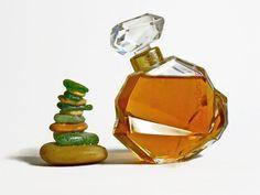 Gianni Versace 1980s vintage perfume Parfum français. discontinued. edt