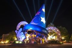 Disney World Parks and Resorts mines magic from business analytics.