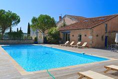 the swiming pool montagenet