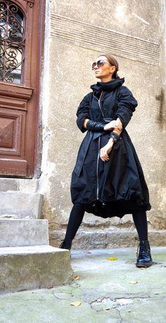 NEW Collection  Black  Zipper Hooded Raincoat / Spring Blazer