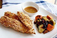 baked panko crusted chicken strips with apricot dijon mustard dip #kidfriendly #recipe via @Meredith Dlatt | InSockMonkeySlippers