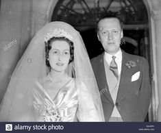 Download this stock image: Aristocracy - Weddings - Peter Somervell and Diana Cinderella Bowes-Lyon - London - G4J4PA from Alamy's library of millions of high resolution stock photos, illustrations and vectors.