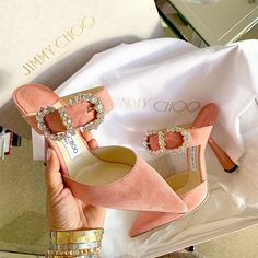 Buying Designer Shoes does not only pertain to shoes that have high heels or those that are too delicate to be used on the sidewalk. Girls Heels, Pink Heels, Cute Shoes, Me Too Shoes, Chanel, Dream Shoes, Mode Outfits, Luxury Shoes, Beautiful Shoes