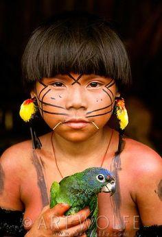 Yanomamo Girl with Blue-headed Parrot, Parima Tapirapeco National Park, Venezuela - Art Wolfe Beautiful World, Beautiful People, Yanomami, Xingu, Tribal People, Tiny Bird, Thinking Day, Beautiful Children, People Around The World