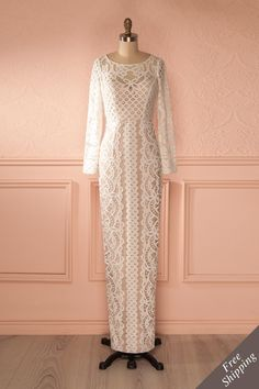 Marie-Laine from Boutique 1861...L'entrée était fabuleusement décorée d'immenses chandeliers scintillants... long sleeves wedding dress, nude and white, lacy long sleeves, fall wedding, vintage inspired