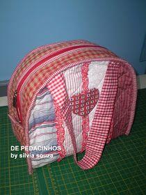 Meninas fiz essa bolsa ontem   amei o resultado vou dividir com vocês...é bem fácil d fazer...           Corte 61 x 28 cm , colocar mantar...