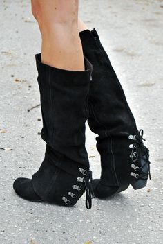 Fall Fever Boots in Black by Naughty Monkey - Boutique Clothing | JC's Boutique   So cute >w