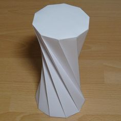 Twisted decagonal prism - Paper model with instructions