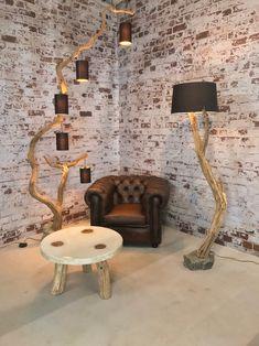 Wooden Lamp, Wooden Diy, Home Crafts, Diy Home Decor, Unique Floor Lamps, Rustic Floor Lamps, Driftwood Lamp, Branch Decor, Lampshades