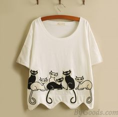 Cheap Leisure Fresh Embroidery Lovely Kittens Wavy Hem Loose Short-sleeved T-shirt For Big Sale!Leisure Fresh Embroidery Lovely Kittens Wavy Hem Loose Short-sleeved T-shirt Dress Painting, T Shirt Painting, Tshirt Painting Ideas, Fabric Painting On Clothes, Cooler Painting, Loose Shorts, T Shirt And Shorts, Fabric Paint Designs, Best T Shirt Designs