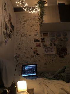 Room Design Bedroom, Room Ideas Bedroom, Bedroom Decor, Bedroom Inspo, Indie Room Decor, Cute Room Ideas, Pretty Room, Room Goals, Aesthetic Room Decor