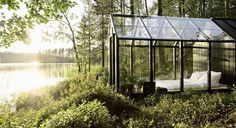 These 10 glass houses might inspire you to knock down a wall or two at home...